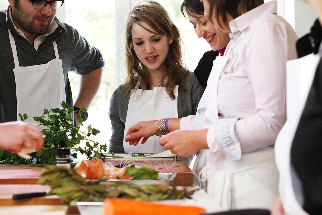 Les cours de cuisine c 39 est la rentr e le panoramique - Cours de cuisine norbert ...
